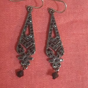 ❤❤ MONET EARRINGS NEW CONDITION